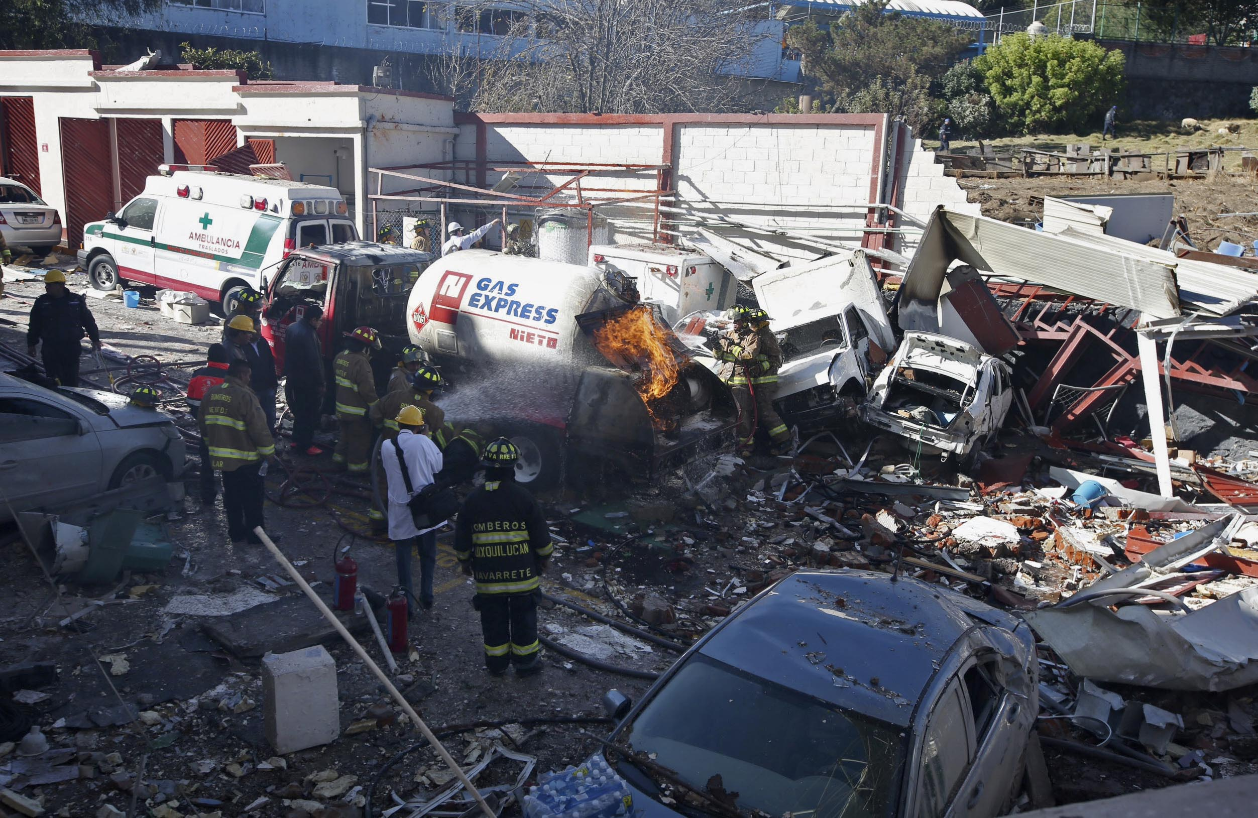 Worn bolts on gas truck caused hospital explosion in Mexico that killed 5 people | Fox News