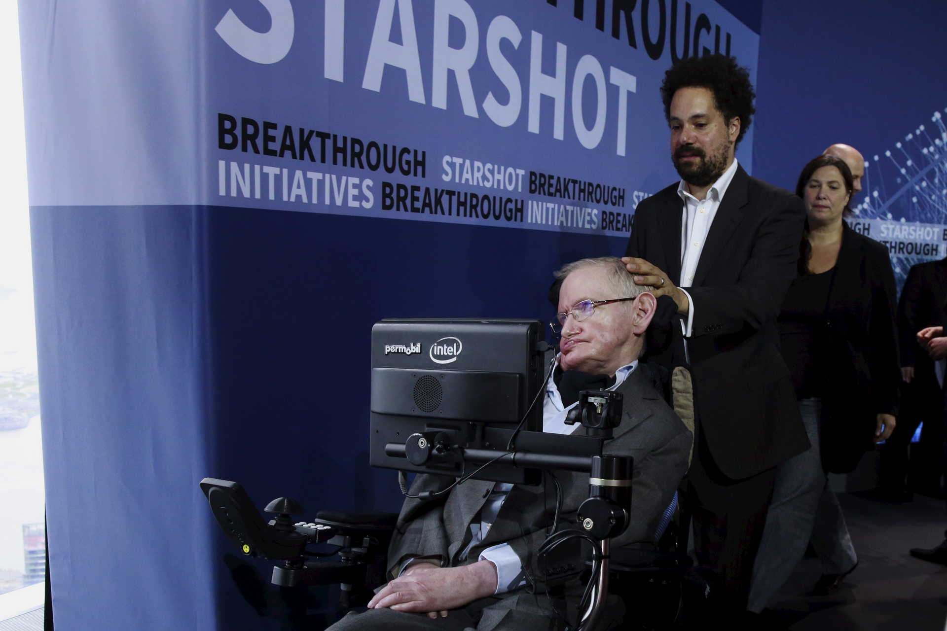 Stephen Hawking: Earth could turn into hothouse planet like Venus