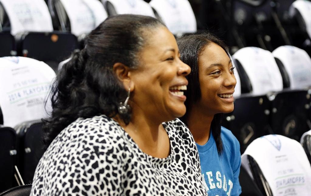 Little League star Mo'ne Davis 'sad' about UConn's NCAA recruiting violation for phone call