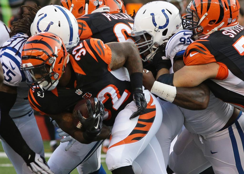 Bengals release RB BenJarvus Green-Ellis, who was third string throughout camp