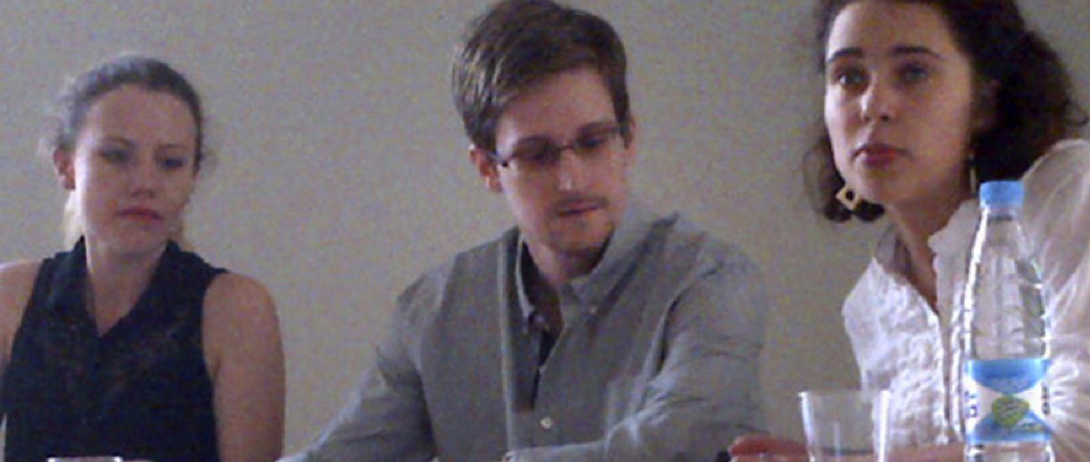 Editorial boards float prospect of pardon for Snowden