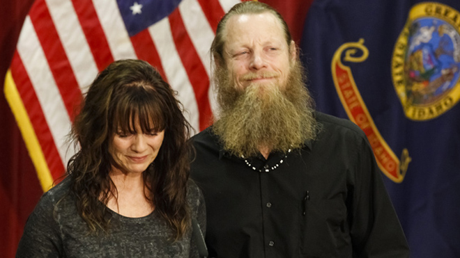 Hagel, Rice praise Bergdahl recovery mission, soldier's parents speak out