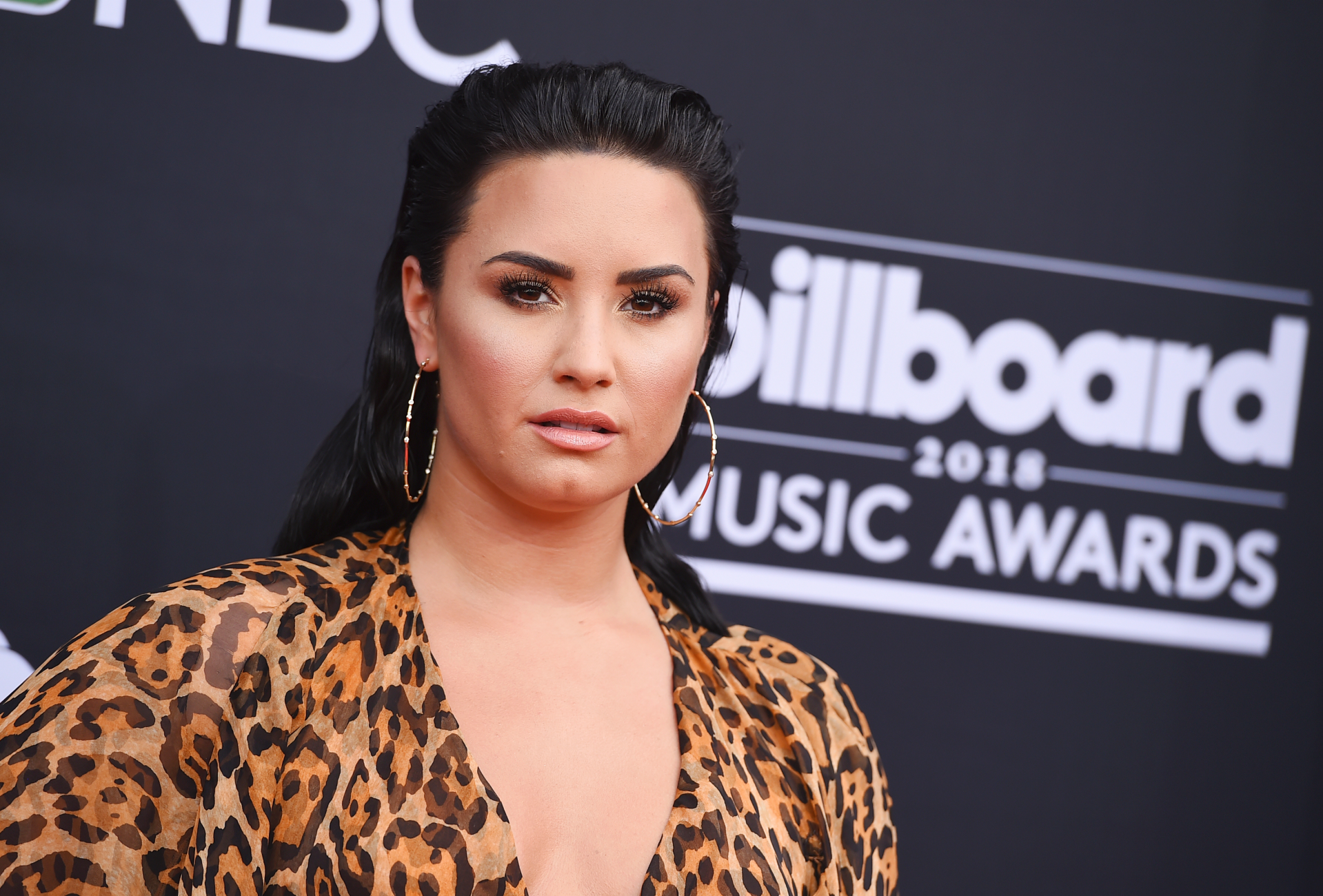 Demi Lovato's 'Sorry, Not Sorry' apology called out by frozen yogurt shop, denies star donated - Fox News
