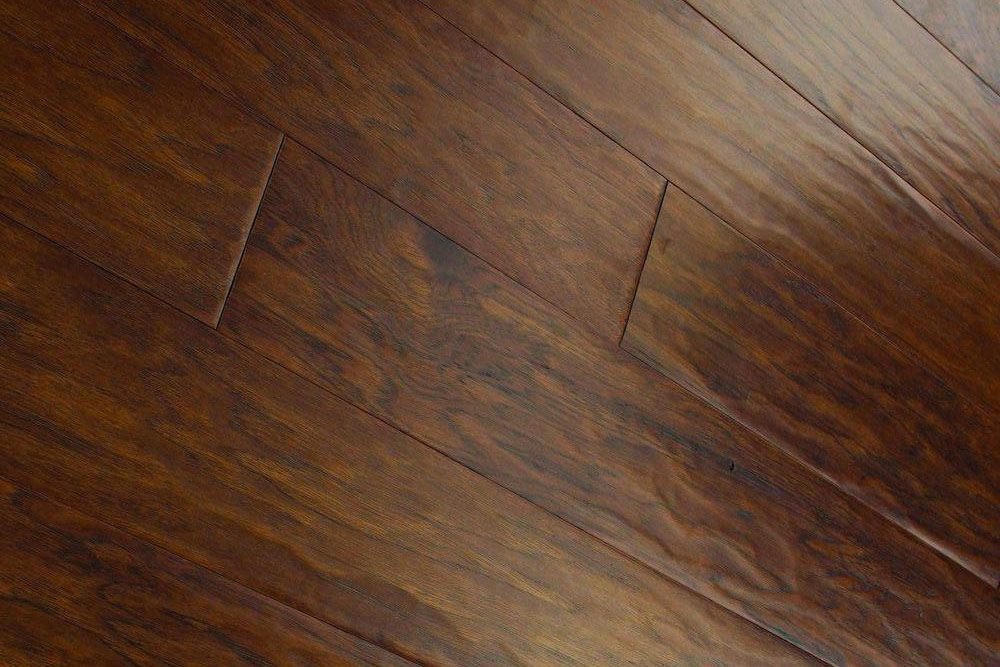 Decoding the Listings: From Bamboo to Vinyl, Know Your Flooring Facts