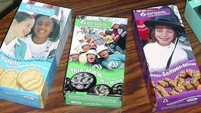 Girl Scout robbed while selling cookies in Philadelphia