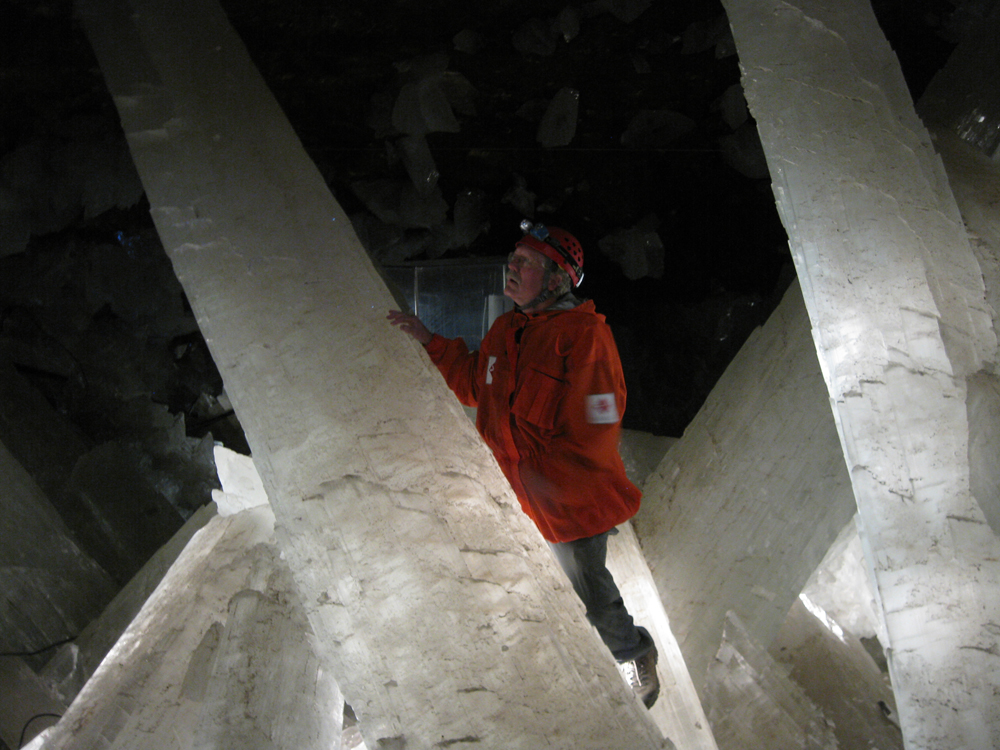 Microbes in glittering crystal cave revived after 10,000 years