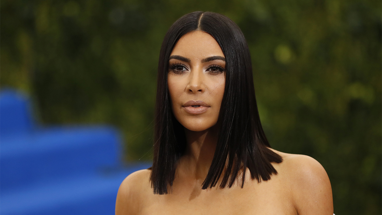 Kim Kardashian responds after she's hilariously trolled by hairstylist for falling asleep during appointment