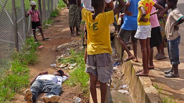 Liberia security forces quarantine Monrovia slum in effort to stop Ebola