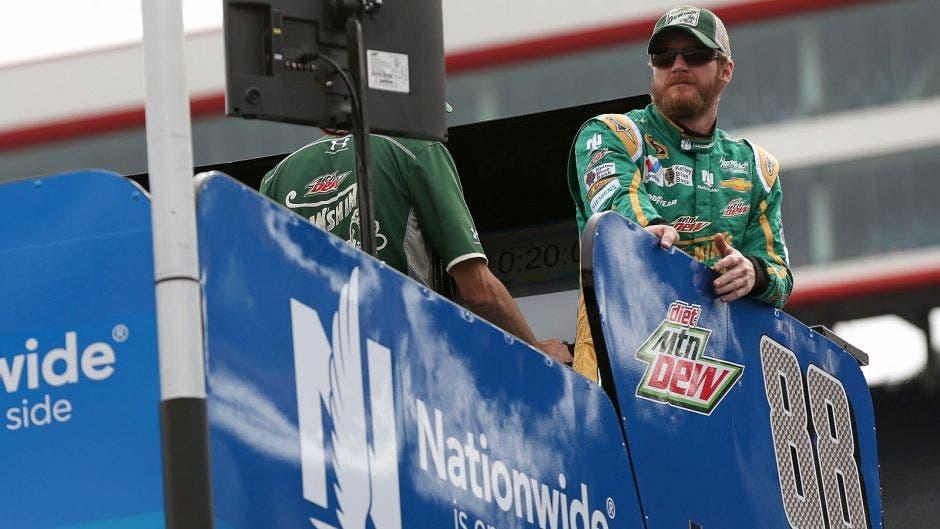 First look at Dale Earnhardt Jr.'s 2016 Nationwide hauler