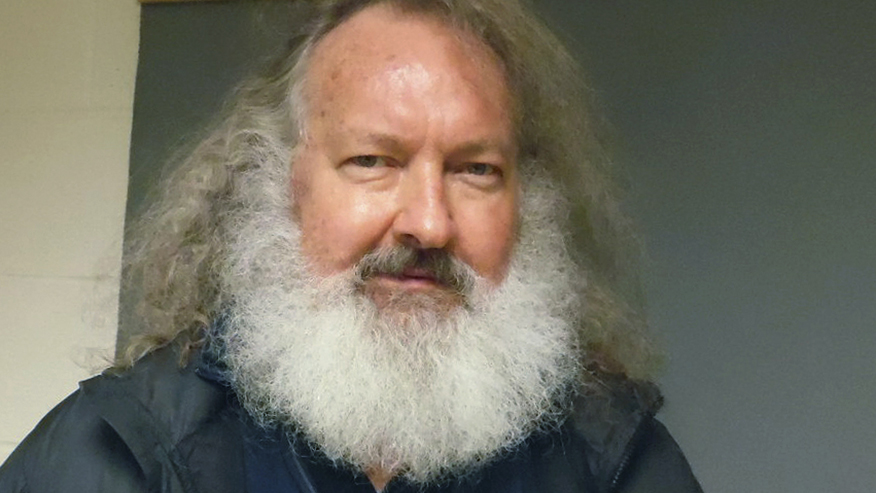 Randy Quaid slam's Biden's comments about Texas, Mississippi reopening: 'I am appalled'
