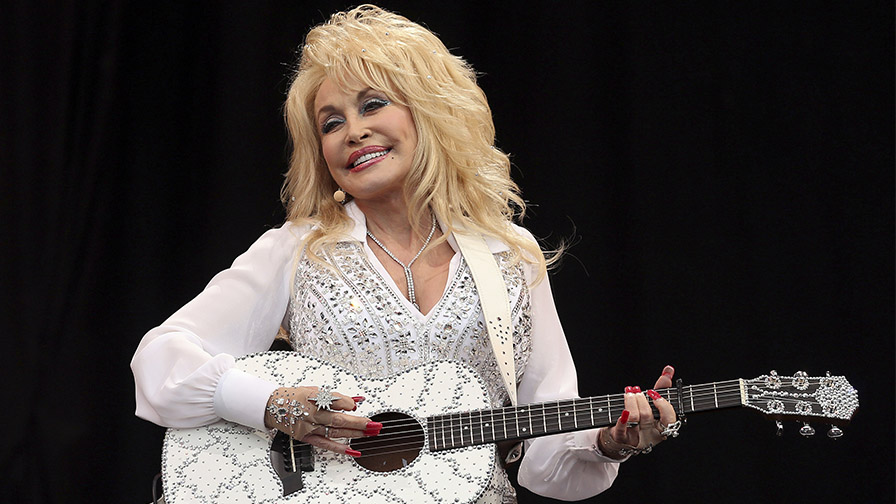 Dolly Parton receives coronavirus vaccine she helped fund