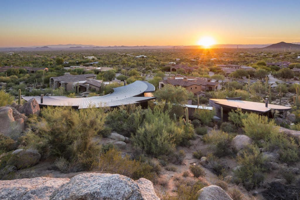 A Desert Delight, the Scorpion House in Scottsdale Packs a $5.5M Sting