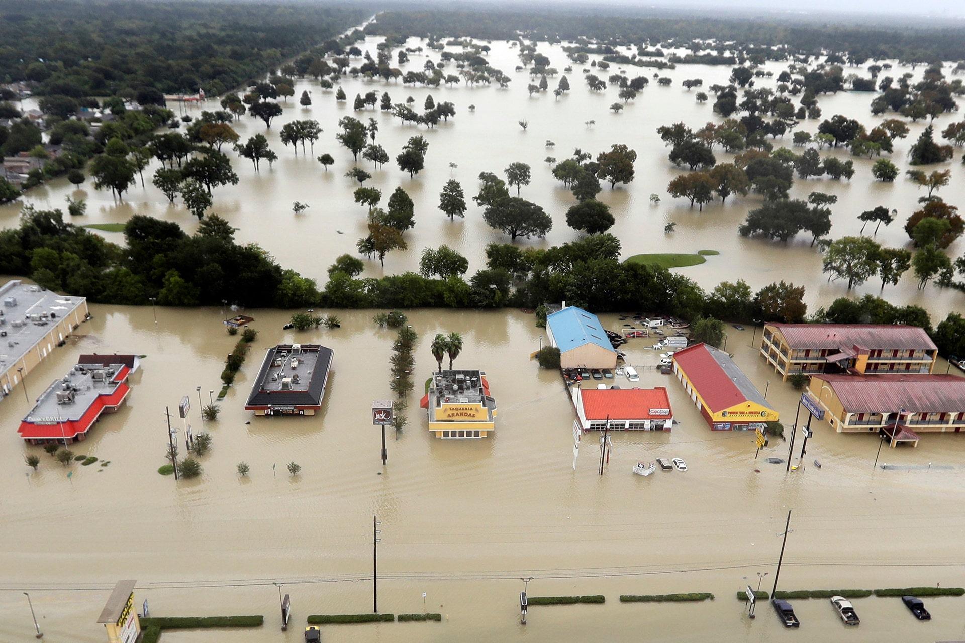 Photos: Harvey floodwaters overwhelm Texas