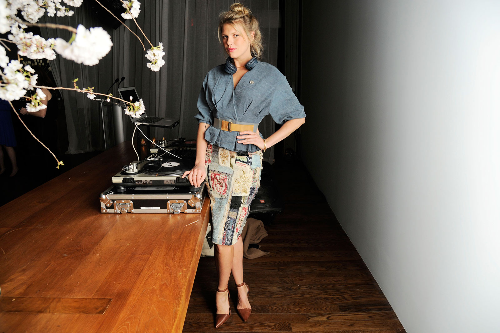 Alexandra Richards gets engaged, dad Keith Richards and mom Patti Hansen 'could not be happier'