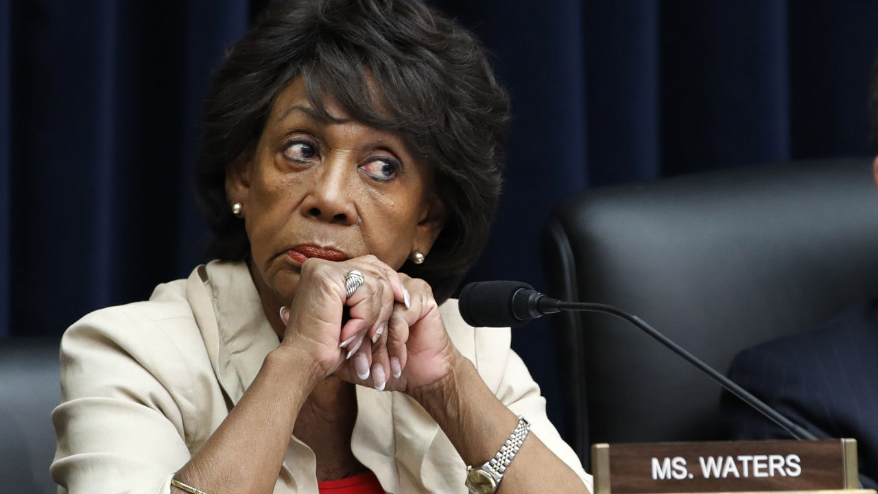 Maxine Waters urges Minnesota anti-police crowd to 'stay on the street' if Chauvin acquitted in Floyd case