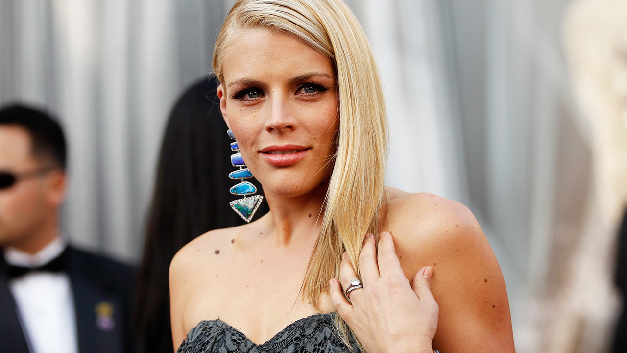 Busy Philipps says she turned to the pope after having an abortion at 15