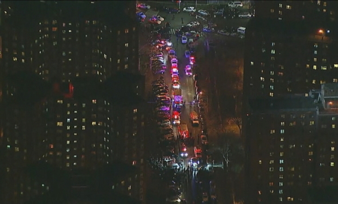 2 NYPD officers shot in Bronx housing project, suspect kills himself