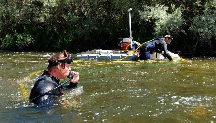 Gold vs. salmon: Oregon miners blast ban on suction dredging