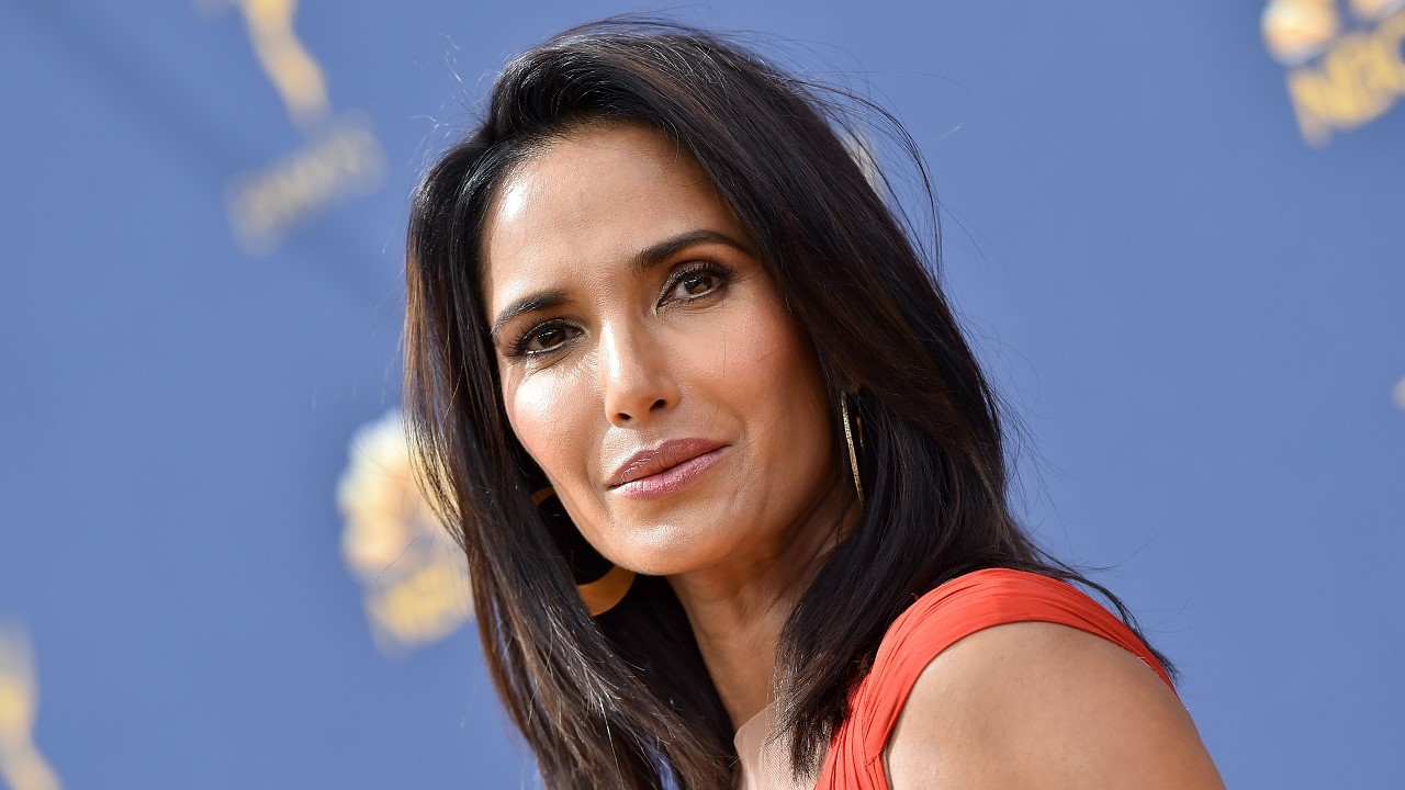Padma Lakshmi declares '50 is the new 30' in age-defying bikini snap - Fox News