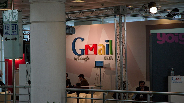 Tech tip: How to find anyone's email address online - Fox News