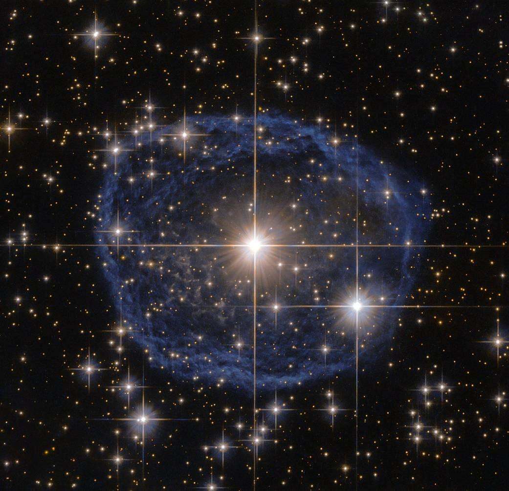 Hubble captures star's stunning blue bubble