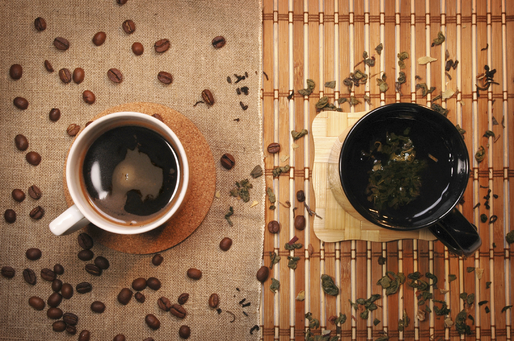 Which is healthier: coffee or tea?