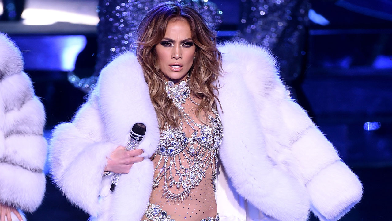 Jennifer Lopez on her curves: I didn't feel 'thin enough'