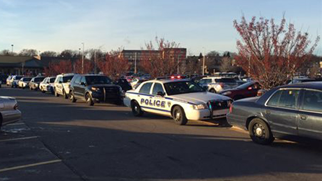 Two injured in shooting incident at Wis. mall
