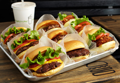 How Shake Shack makes their cheeseburgers so delicious