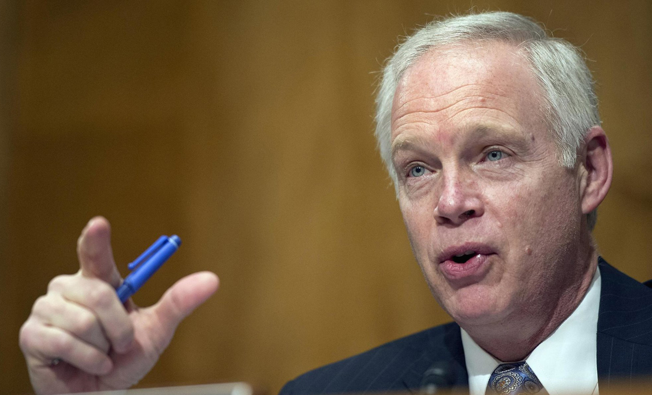 GOP senator demands records on FBI's contact with DNC lawyer over Russian meddling