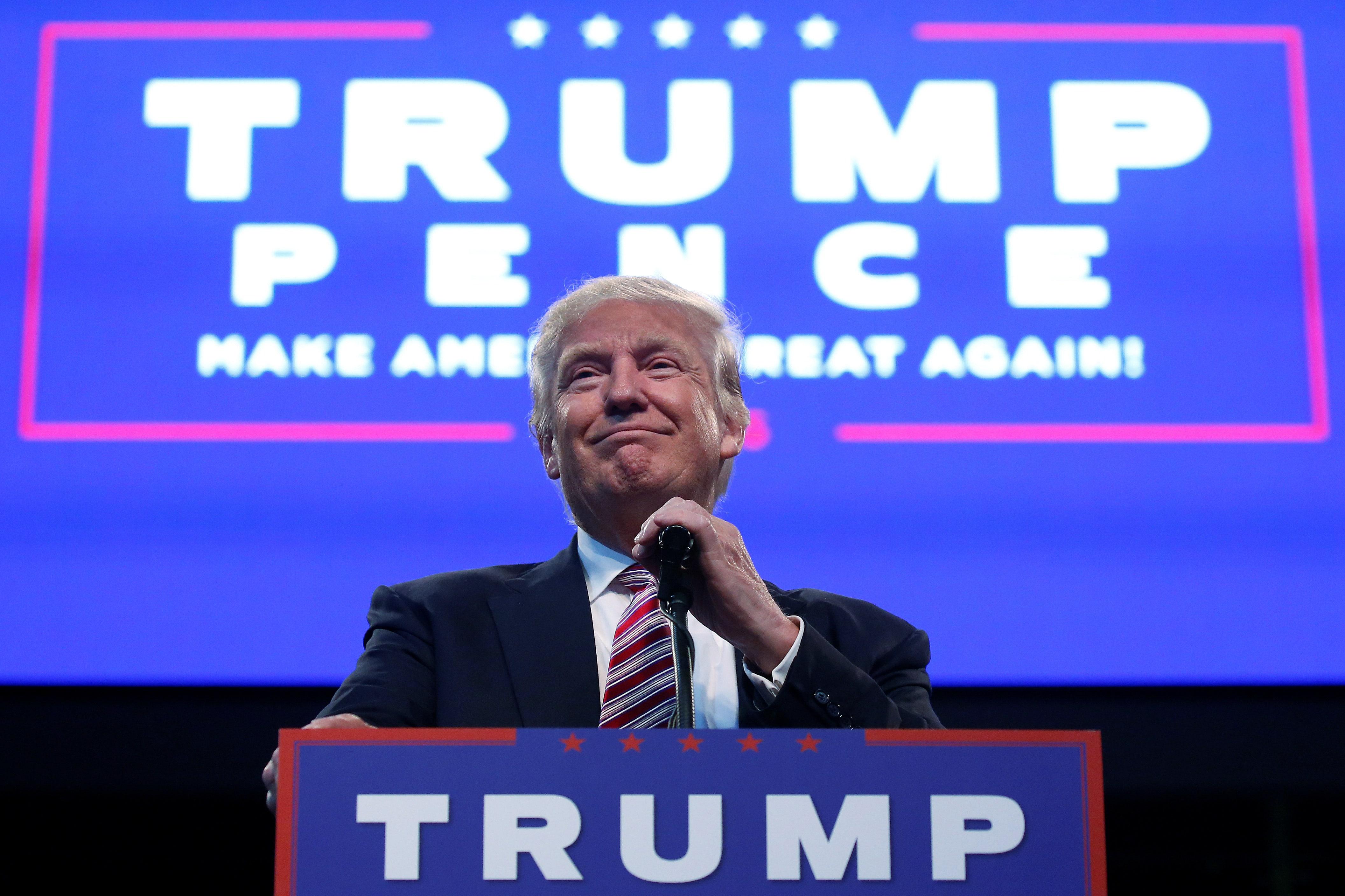 Trump vs. Clinton battle goes digital