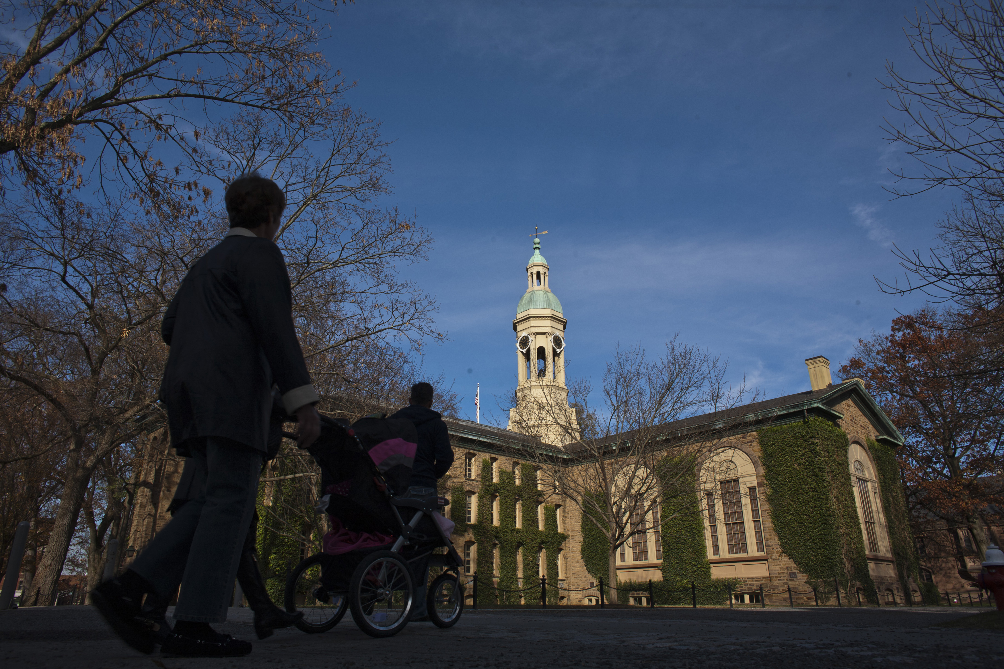 Princeton drops Woodrow Wilson's name from school due to 'racist thinking' thumbnail