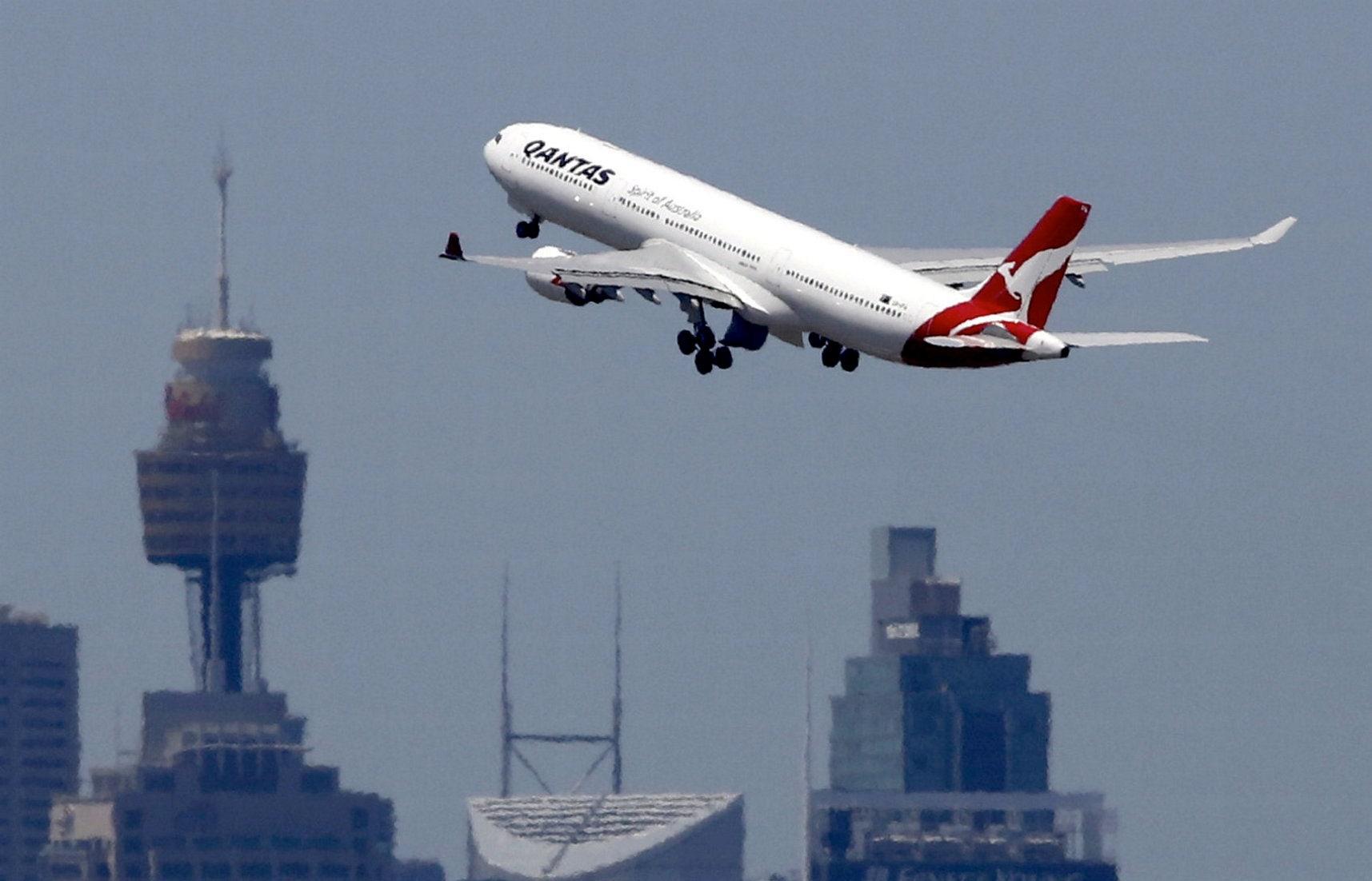 Qantas passenger given jail time after 'body slamming' flight attendant