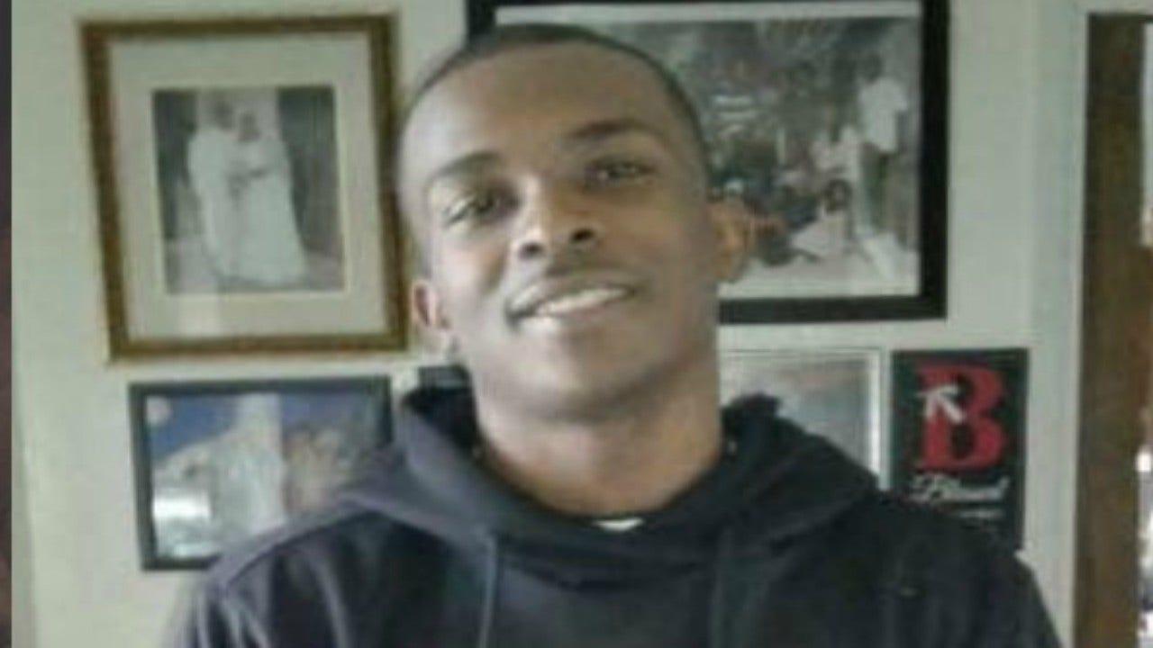 Các video của Stephon Clark của NFL bỏ qua 'sự thật quan trọng' trong vụ nổ súng liên quan đến cảnh sát, các công tố viên cho biết