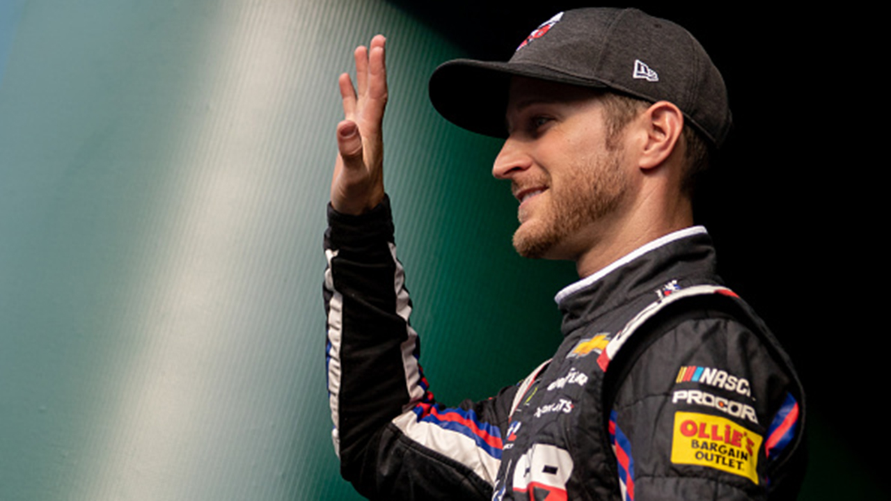 Kasey Kahne retires early from NASCAR, citing health issue