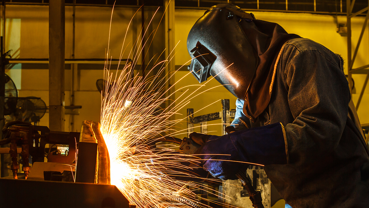 Looming steelworker strike could impact midterm elections