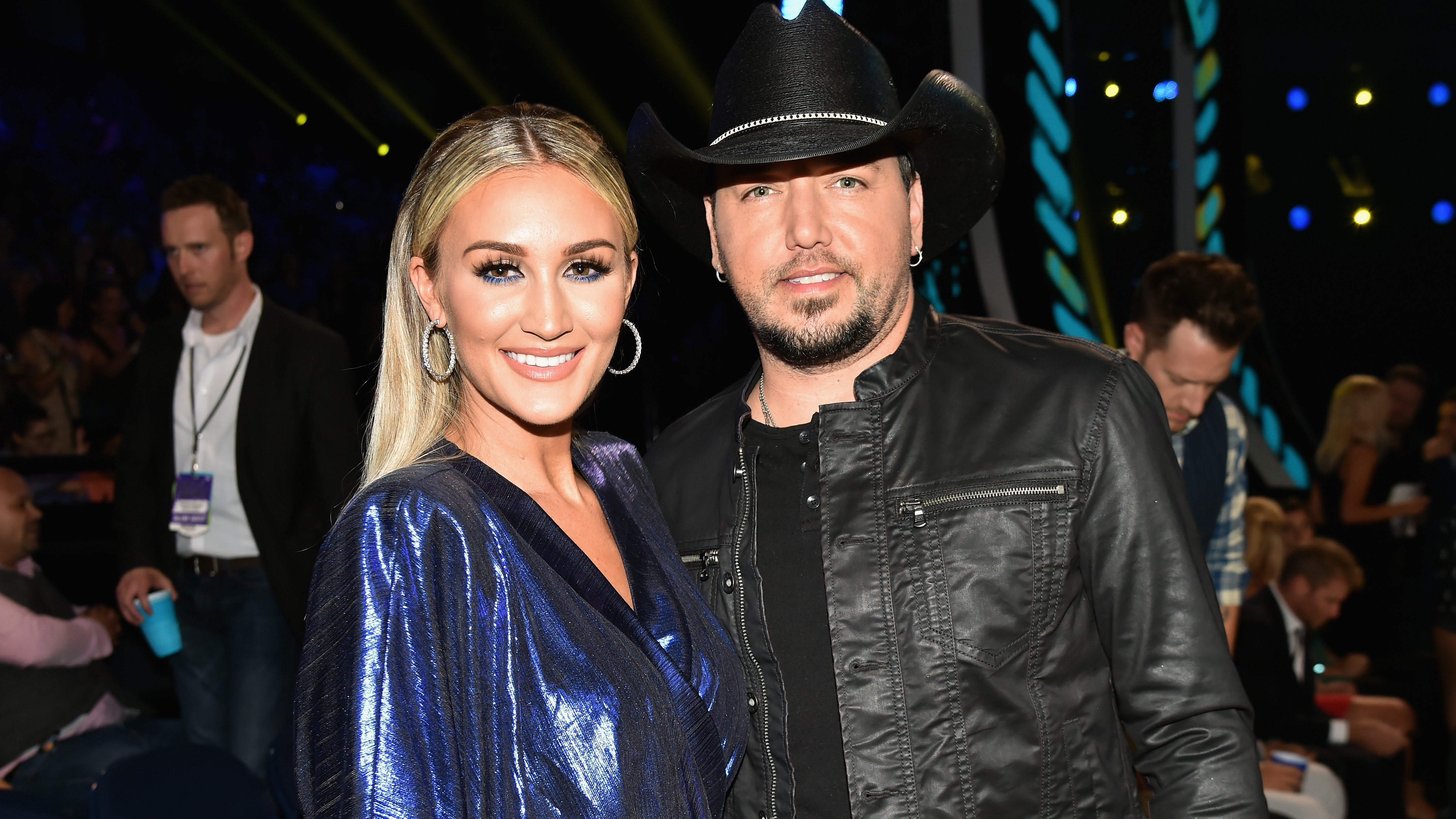 Jason Aldean's wife, Brittany, seemingly throws shade at CMAs over husband not being nominated - Fox News