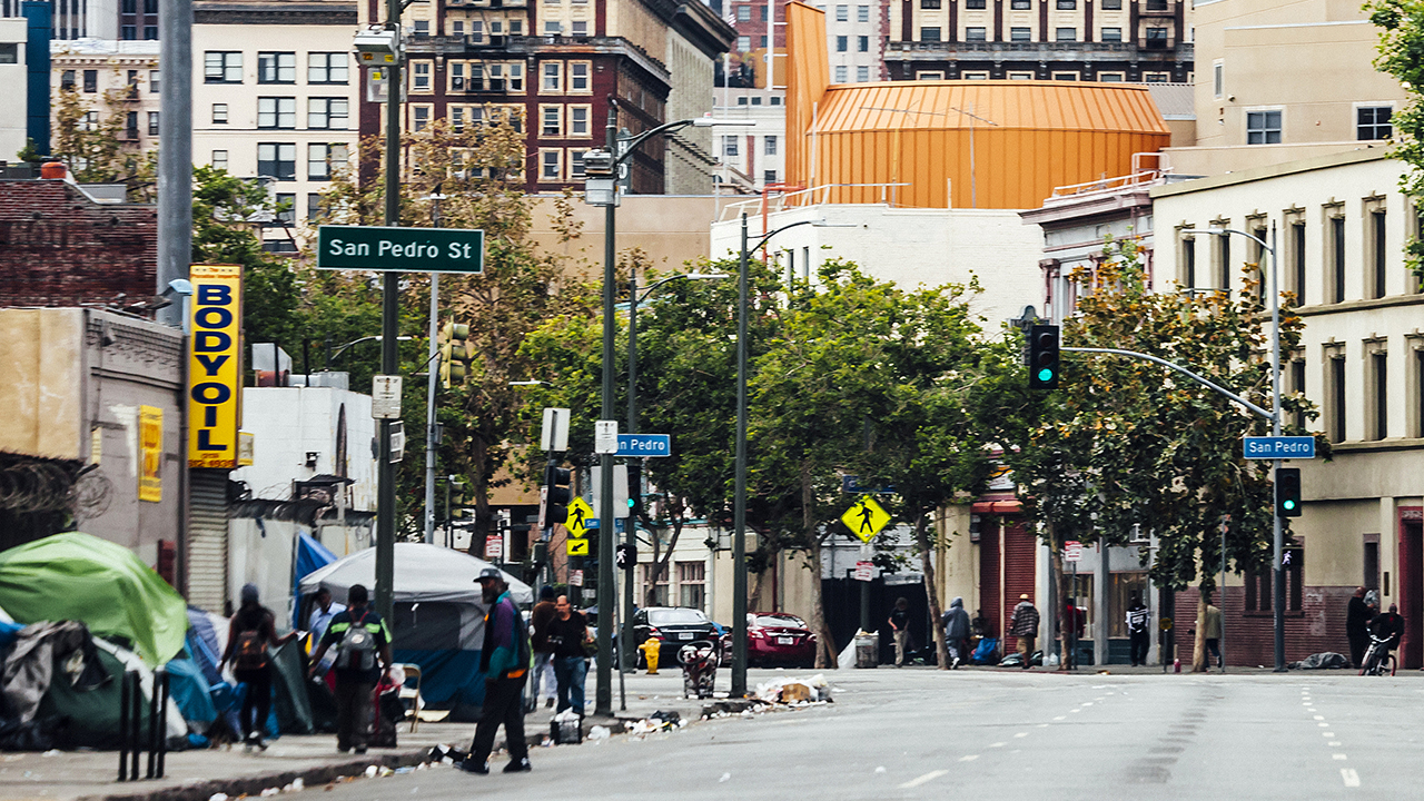 photo image LA push to develop Skid Row prompts new clashes in California's homeless crisis