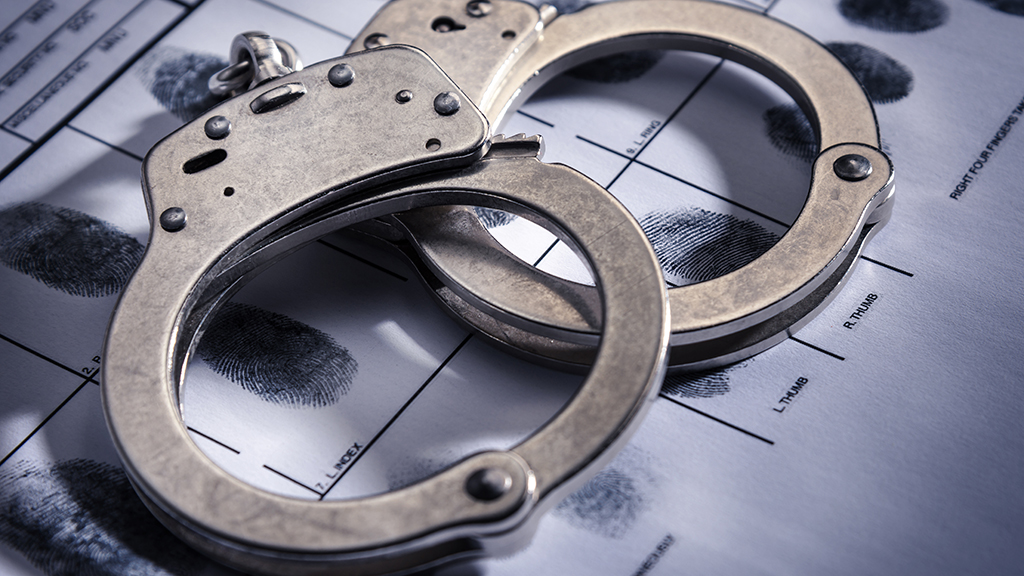 Westlake Legal Group handcuffs-istock Handcuffed suspect stole police cruiser, authorities say fox-news/us/us-regions/northeast/pennsylvania fox-news/us/crime fox news fnc/us fnc Dom Calicchio article 783d4f50-56b4-5f1d-947c-2151832c3220