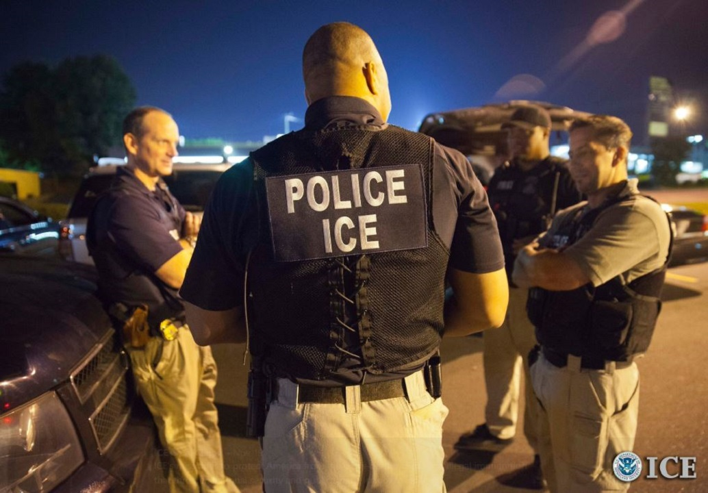 Westlake Legal Group ice1 Virginia police officer suspended after turning in suspected undocumented immigrant over to ICE Louis Casiano fox-news/us/immigration/illegal-immigrants fox-news/us/crime/police-and-law-enforcement fox news fnc/us fnc article 62573ee1-db47-5b1e-b3df-d25c3b0f5742