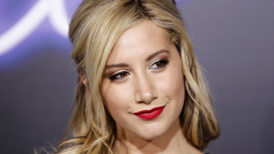 'Carol's Second Act' star Ashley Tisdale says meditation helps her prepare for emotional scenes