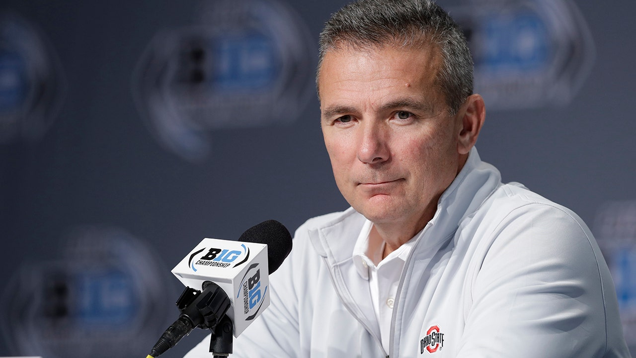Westlake Legal Group CFB-Urban-Meyer2 Urban Meyer sparks speculation about his interest in Dallas Cowboys head coaching job Ryan Gaydos fox-news/sports/nfl/dallas-cowboys fox-news/sports/nfl fox news fnc/sports fnc d7145b9b-736b-5605-a145-0474535f2467 article