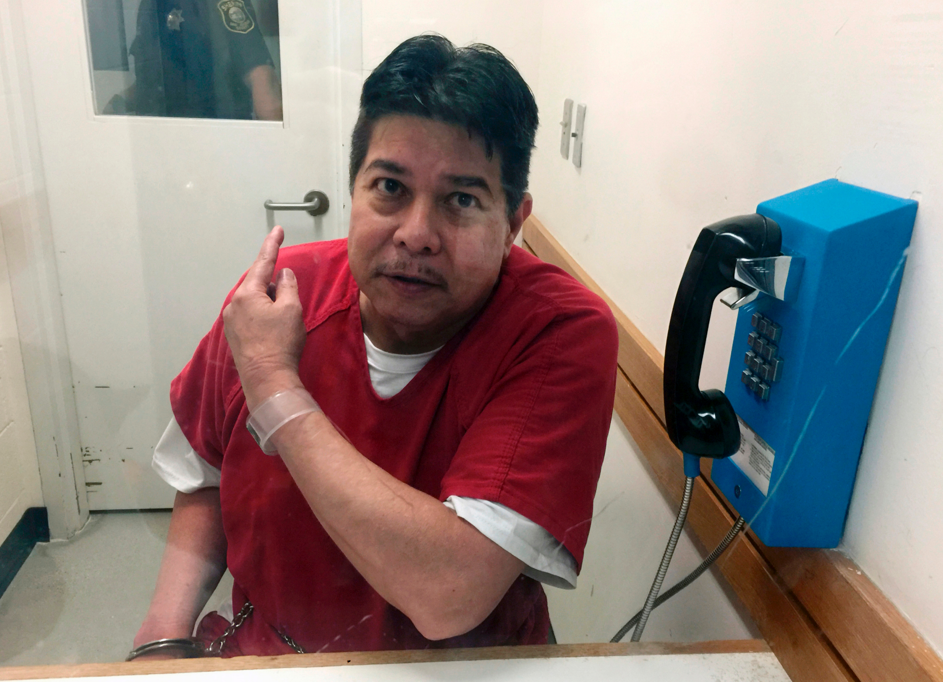 Hawaii trial set for psychiatric patient charged in escape