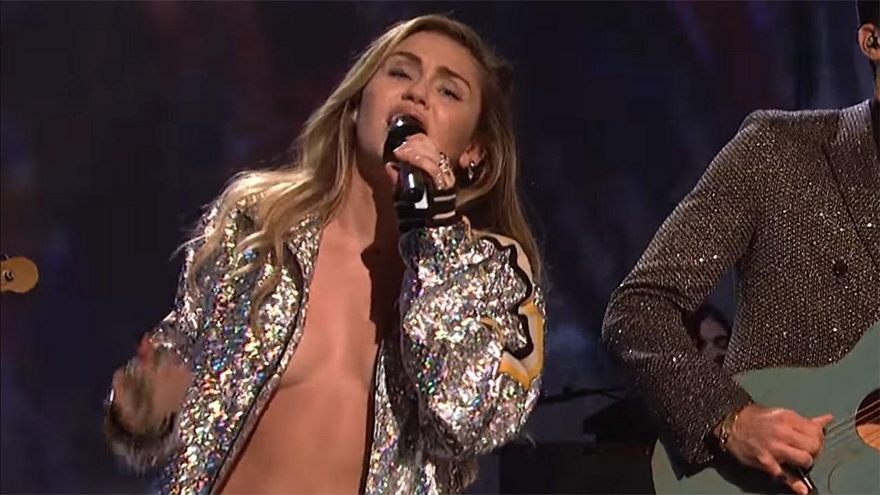 Miley Cyrus risks a nip slip on 'Saturday Night Live'
