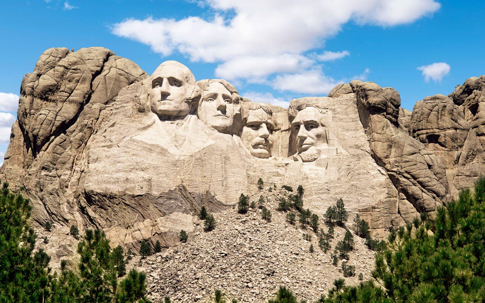 CNN slights Mount Rushmore as