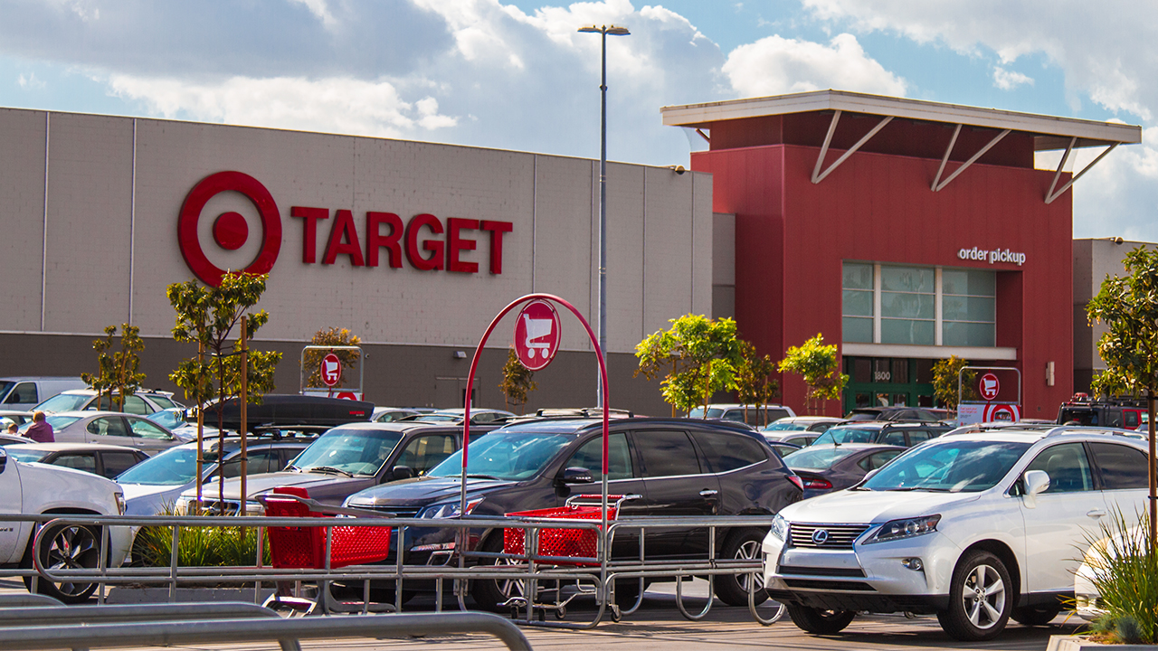 New York City man steals two duffel bags of electronics, food from Target: NYPD