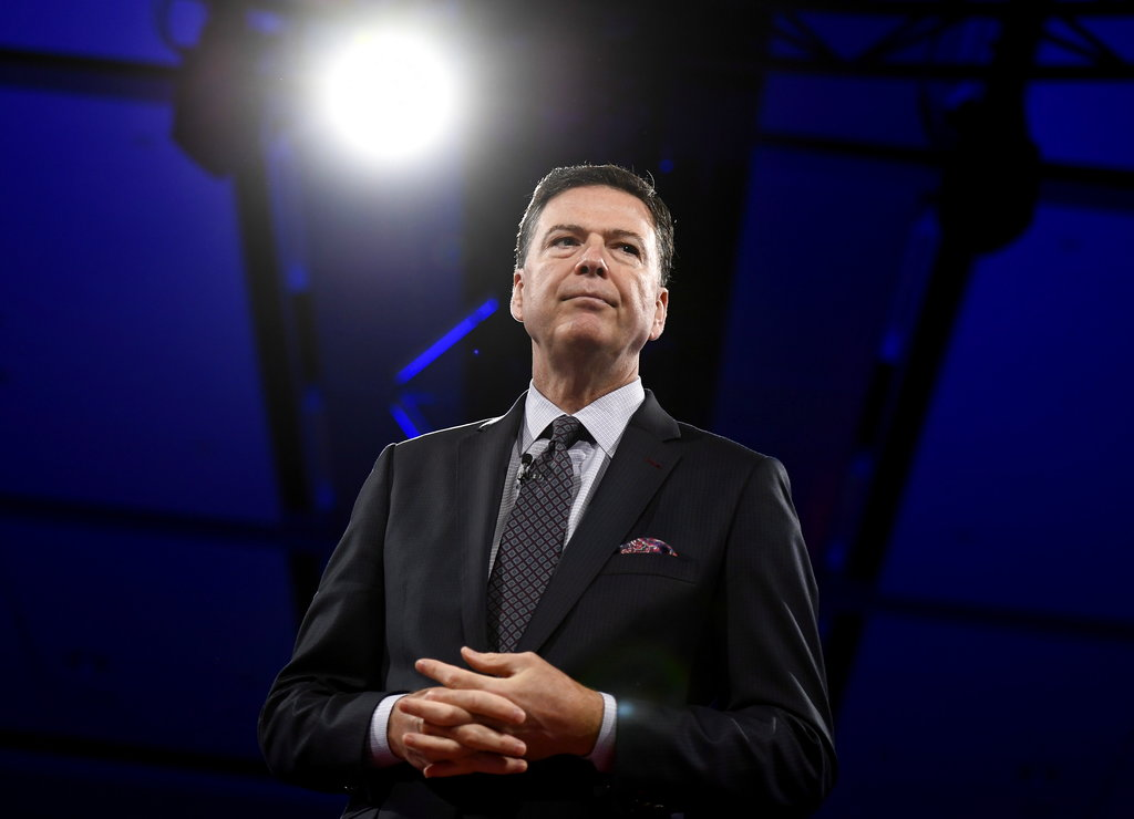 Comey defends Obama's handling of Russian interference, knocks Republicans