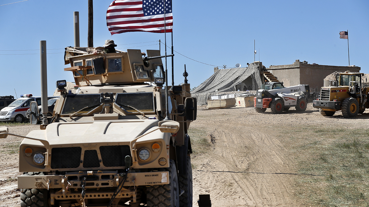 US troops begin to withdraw from Syria, report says