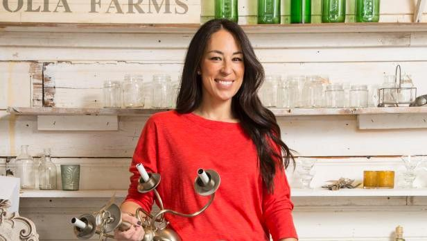 'Fixer Upper' star Joanna Gaines shares secret to giving your home a signature scent