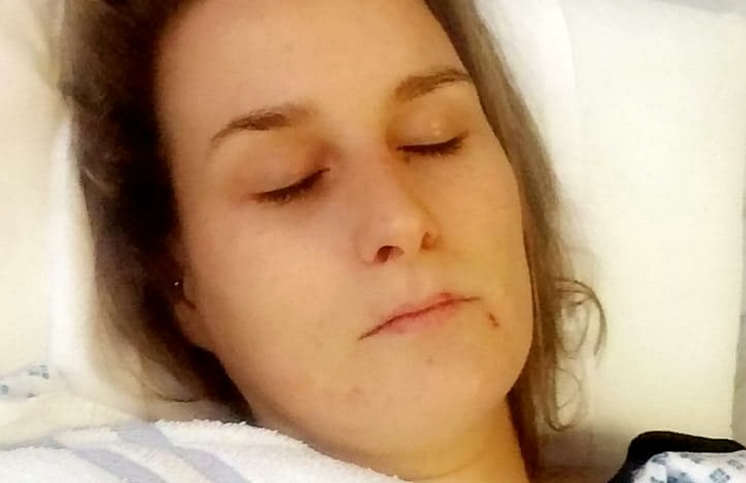 Mom claims birth control pill left her with yellow skin, severe liver damage